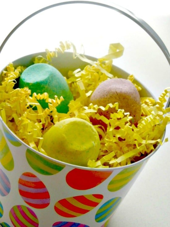 DIY Easter Bath Bombs from Miss Information Blog | BoulderLocavore.com