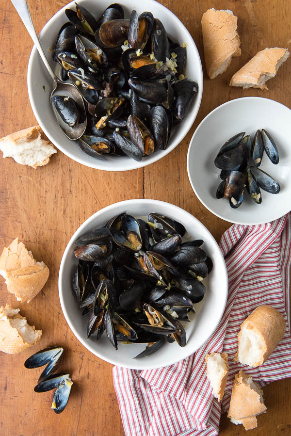 Thai-inspired Coconut Milk Mussels with Garlic, Ginger and Lemongrass - BoulderLocavore.com