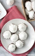 Chocolate Peppermint Dipped Meringues and #BakeItForward {video}