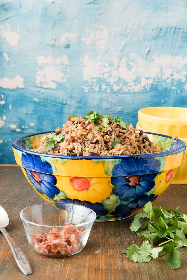 colorful bowl of Cuban Black Beans and Rice (Moros y Cristianos).