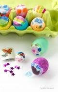 DIY Toy-Filled Cascarones {dyed eggs}