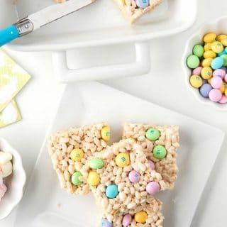 squares of Springtime Crispy Rice Cereal Treats