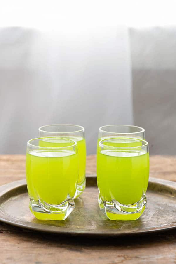 Lucky Leprechaun Shots. A tropical shot any leprechaun would love! - BoulderLocavore.com