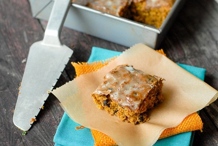 pumpkin bars serving with server