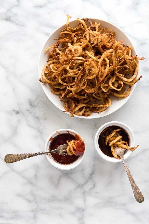 Spiralizer Spicy Baked Curly Fries with sauces