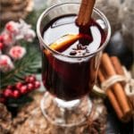 7 Festive Large Batch Holiday Drink Recipes {cocktails & mocktails}