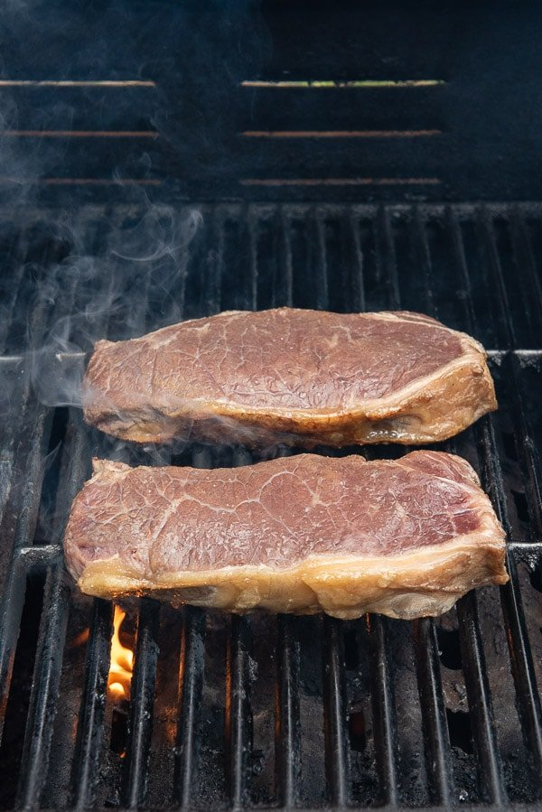 New York Strip making grill marks rotated 90 degrees (steak on grill)