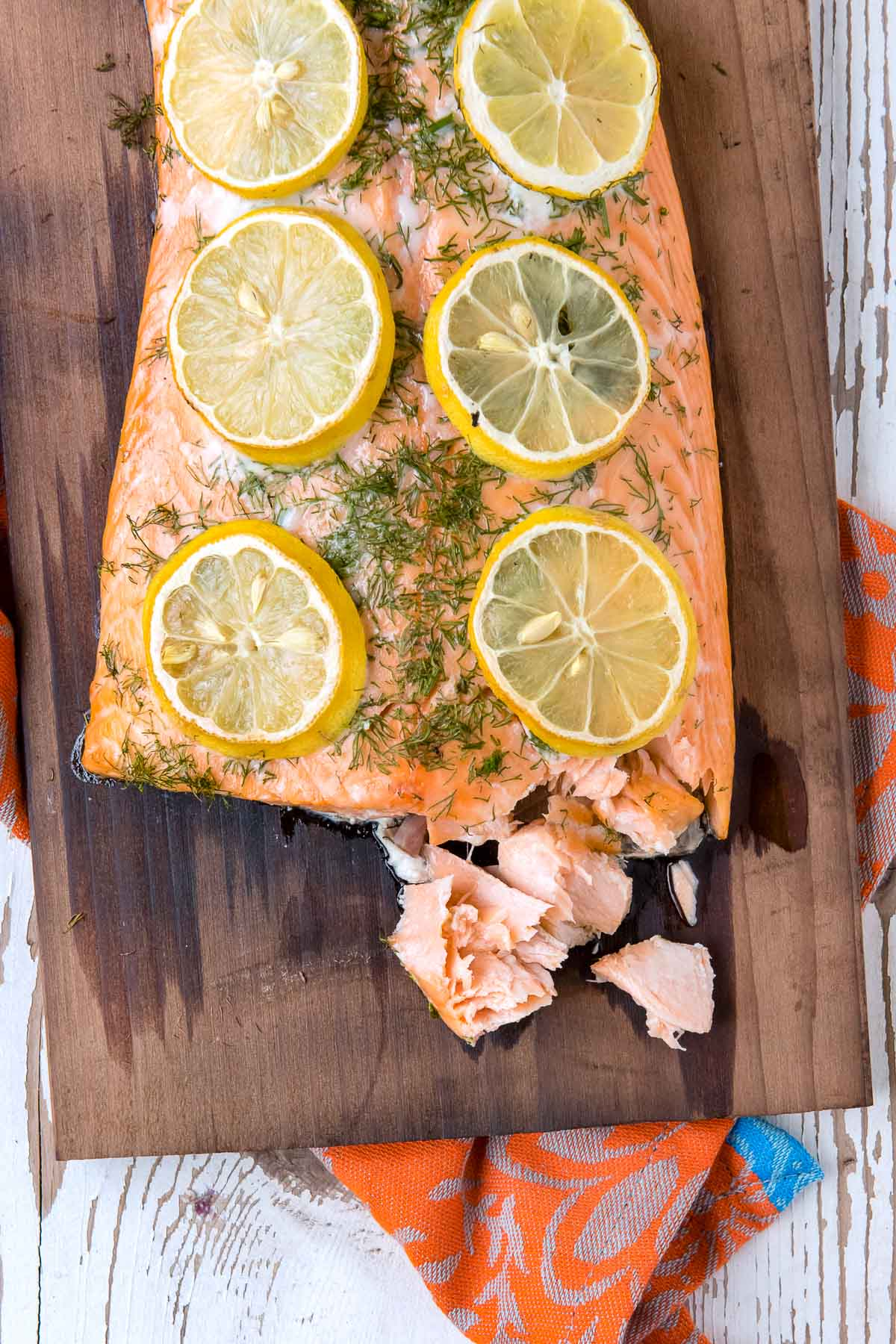 flaked salmon on cedar plank