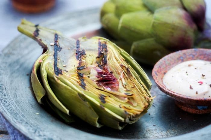 grilled artichoke and dipping sauce
