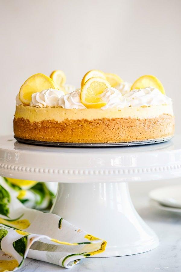 cheesecake on cake pedastel