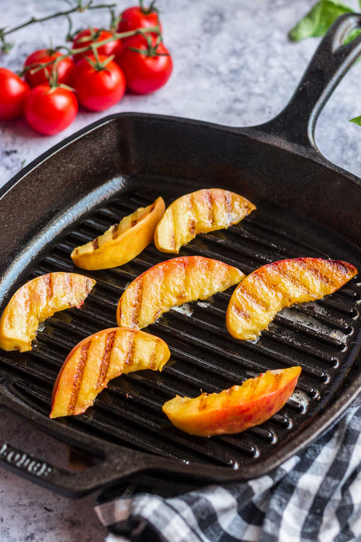 grilling peaches in grilling pan