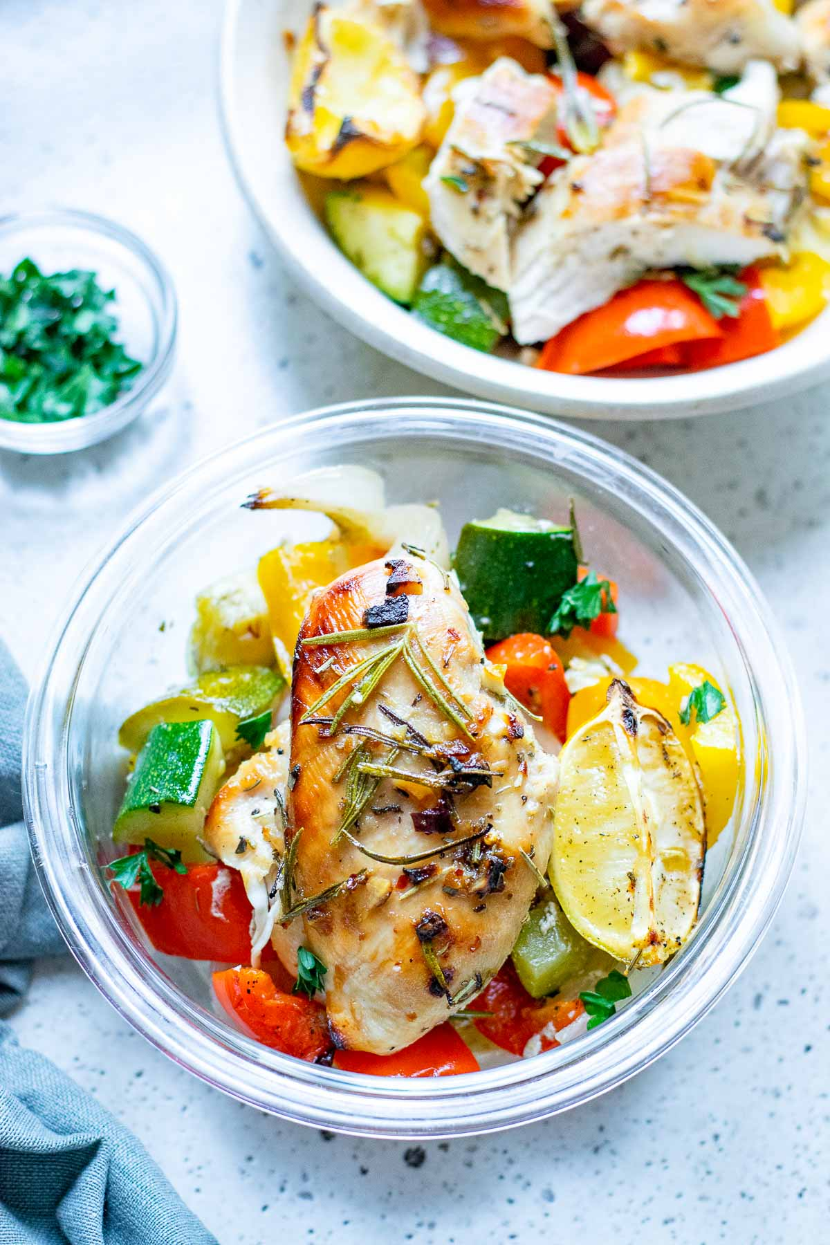roasted chicken with vegetables cooked close meal prep