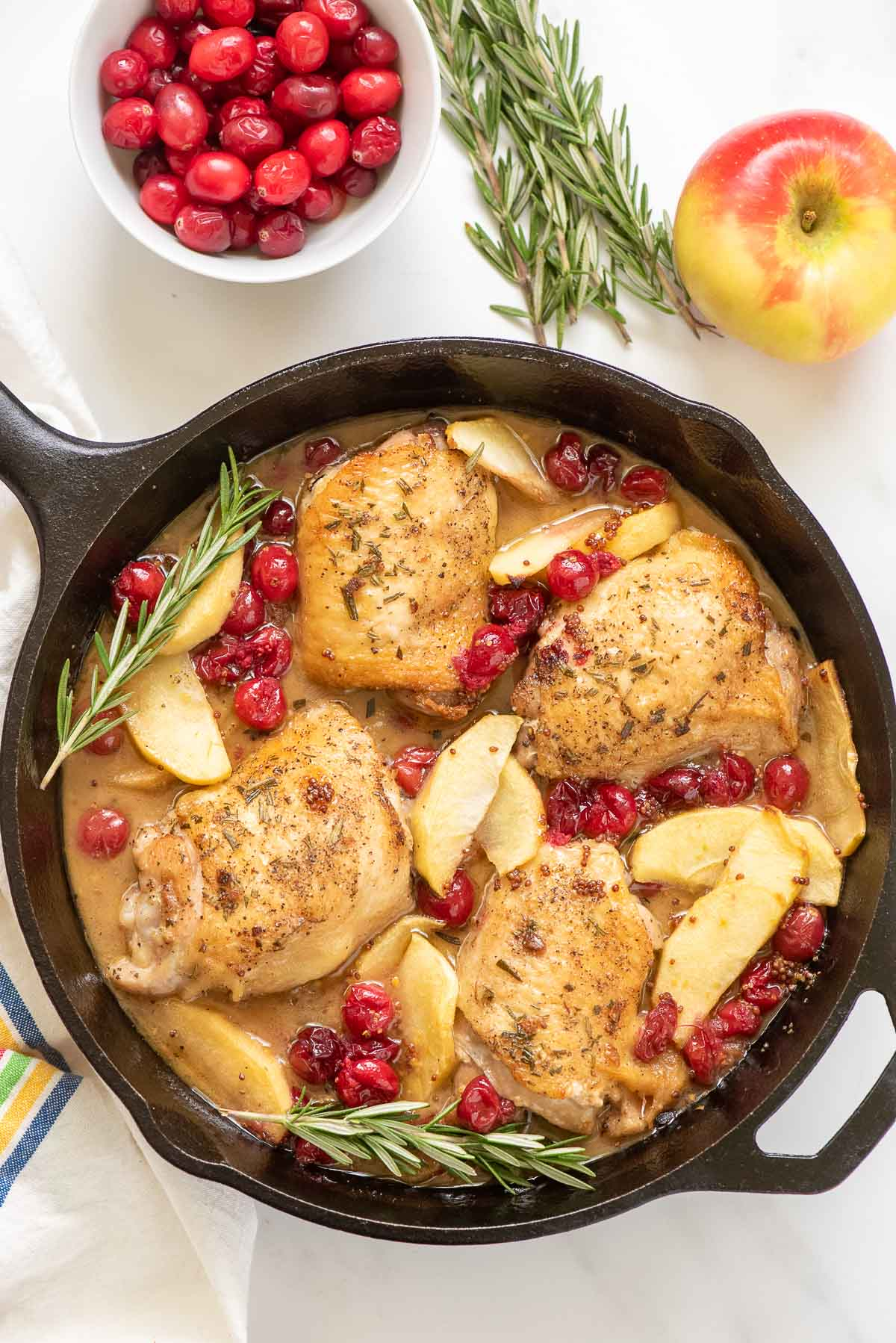 cranberry apple skillet chicken with rosemary