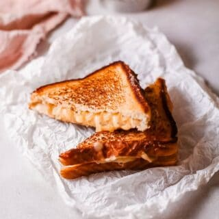 French Onion Grilled Cheese title
