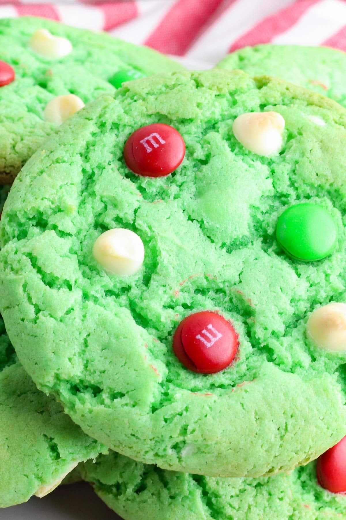 christmas cake mix cookies close up