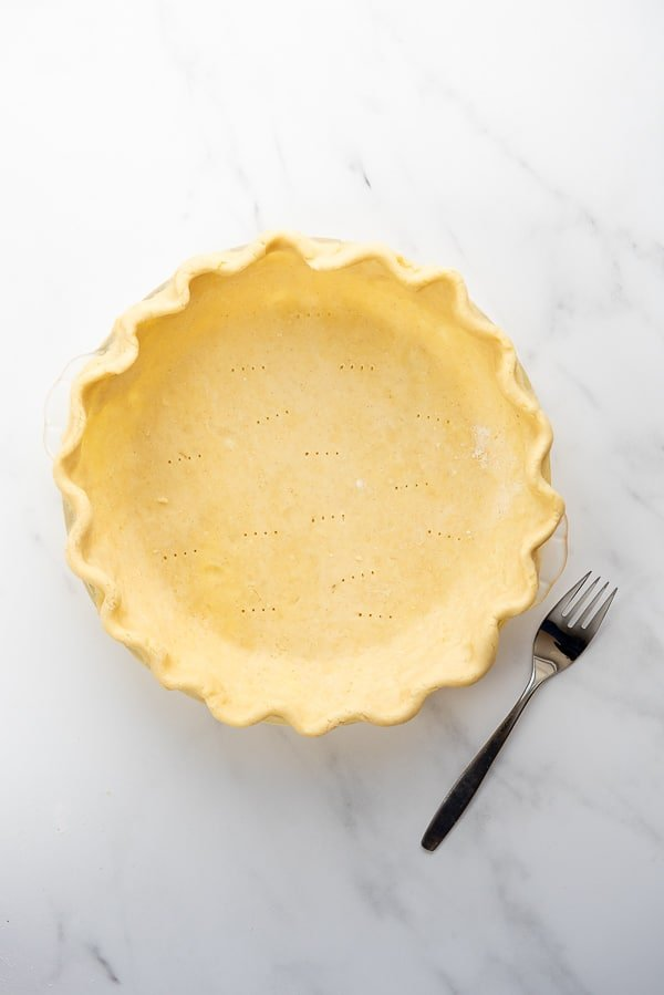 how to dock a pie crust