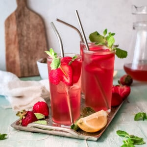 two glasses of strawberry sweet tea