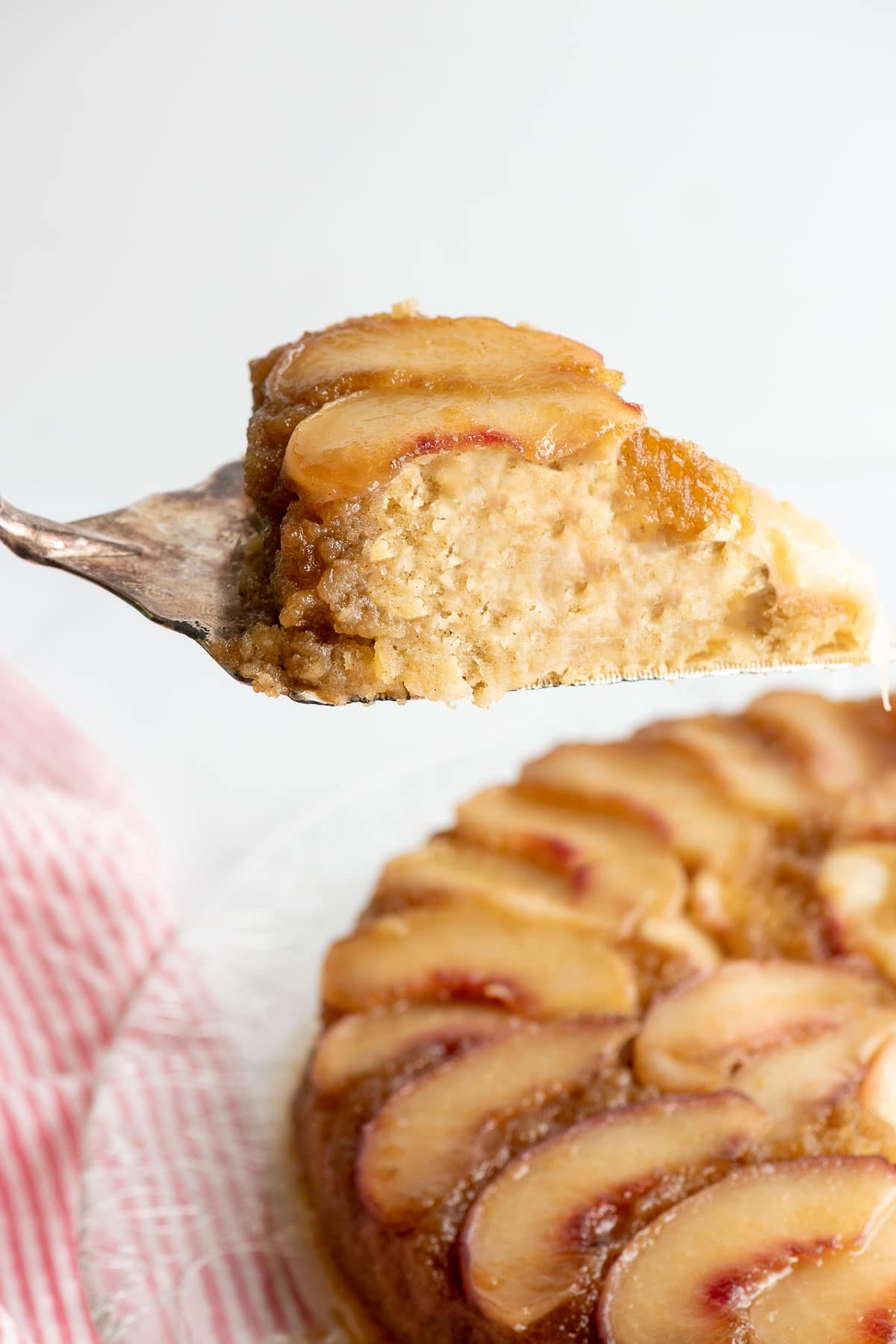 peach upside down cake slice
