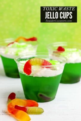 easy halloween treat jello cups title