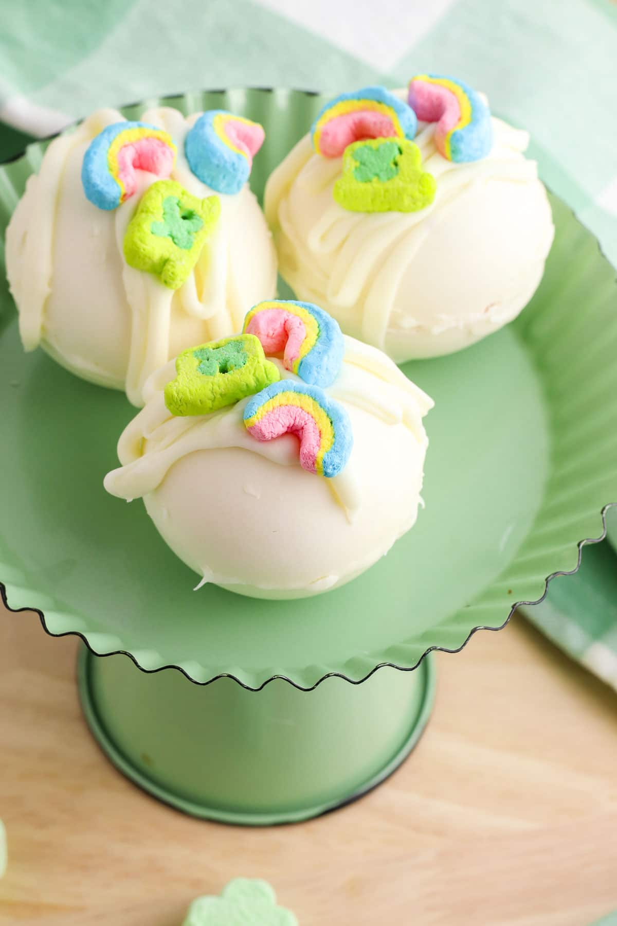 lucky charms white chocolate hot cocoa bombs marshmallows