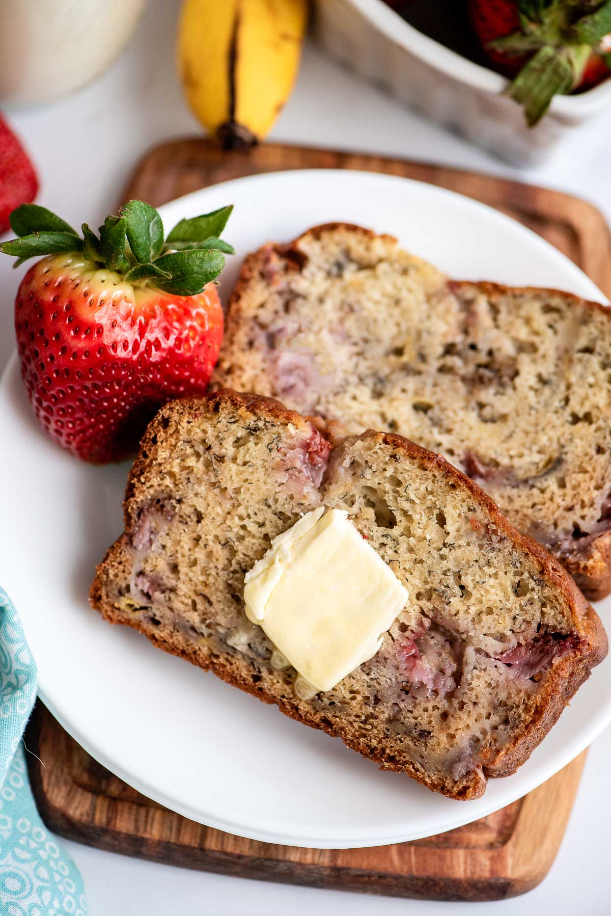 strawberry banana bread sliced close